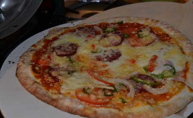 pizza_salame_peperoncino_oven